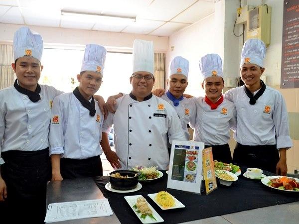 Chứng chỉ Nghiệp vụ Bếp Hoa
