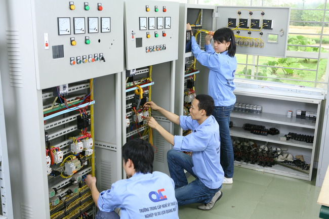 Chứng chỉ Điện công nghiệp