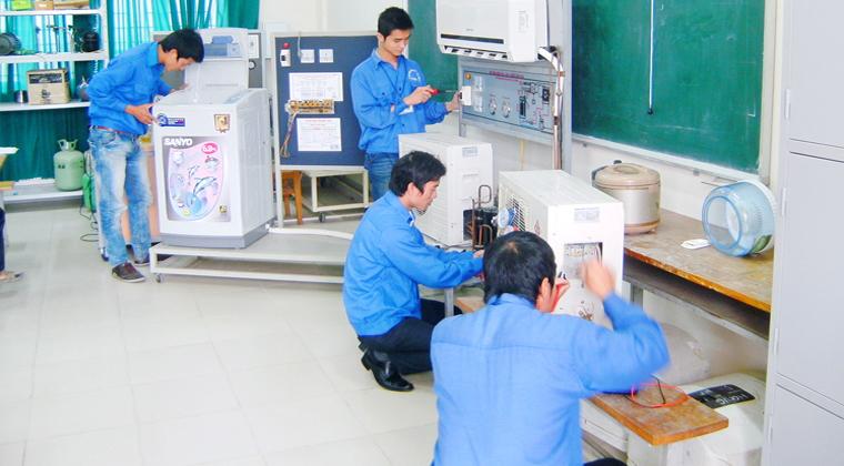 Chứng chỉ Kỹ thuật máy lạnh và điều hòa không khí