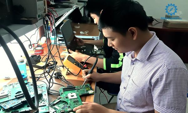 Chứng chỉ Kỹ thuật lắp ráp, sửa chữa máy tính